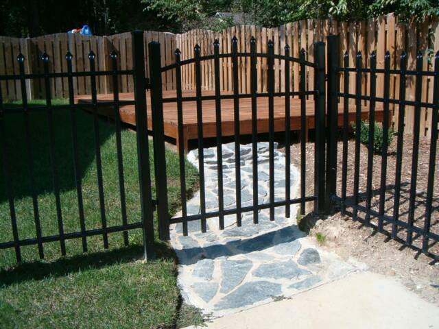 Black Aluminum Spear Top Fence