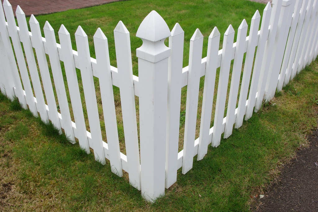 Decorative Vinyl Fence