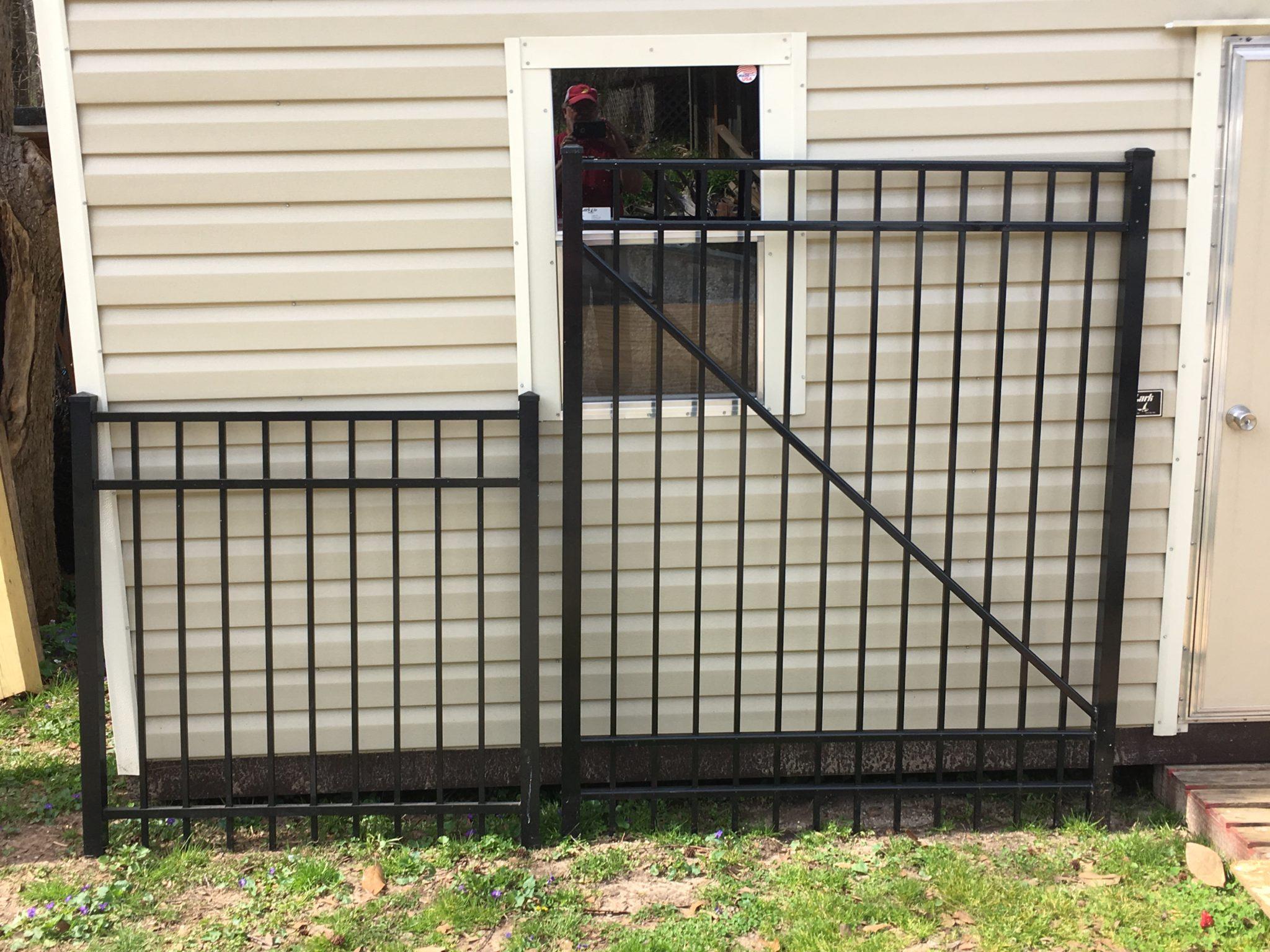 Black Aluminum Flat Top Fence