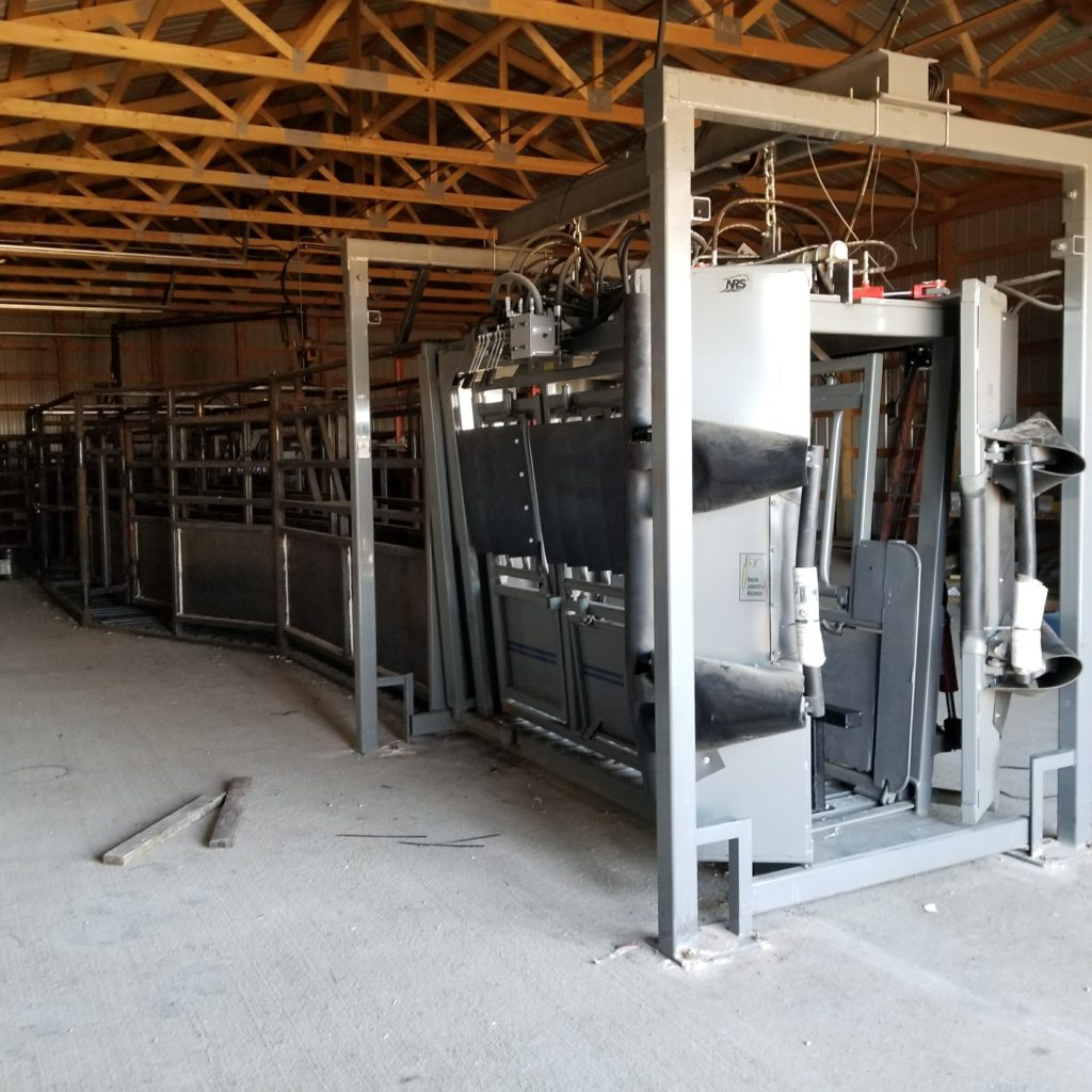 Silencer Hydraulic Chute with Overhead Scale
