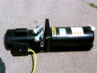 Rupp 110V Pump for Calf Table