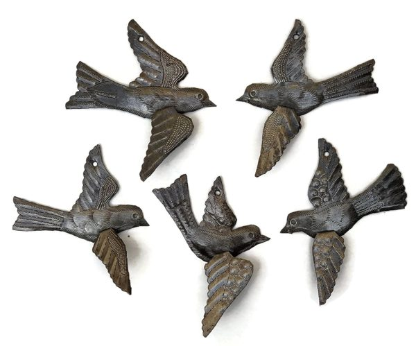 """Flying Birds 