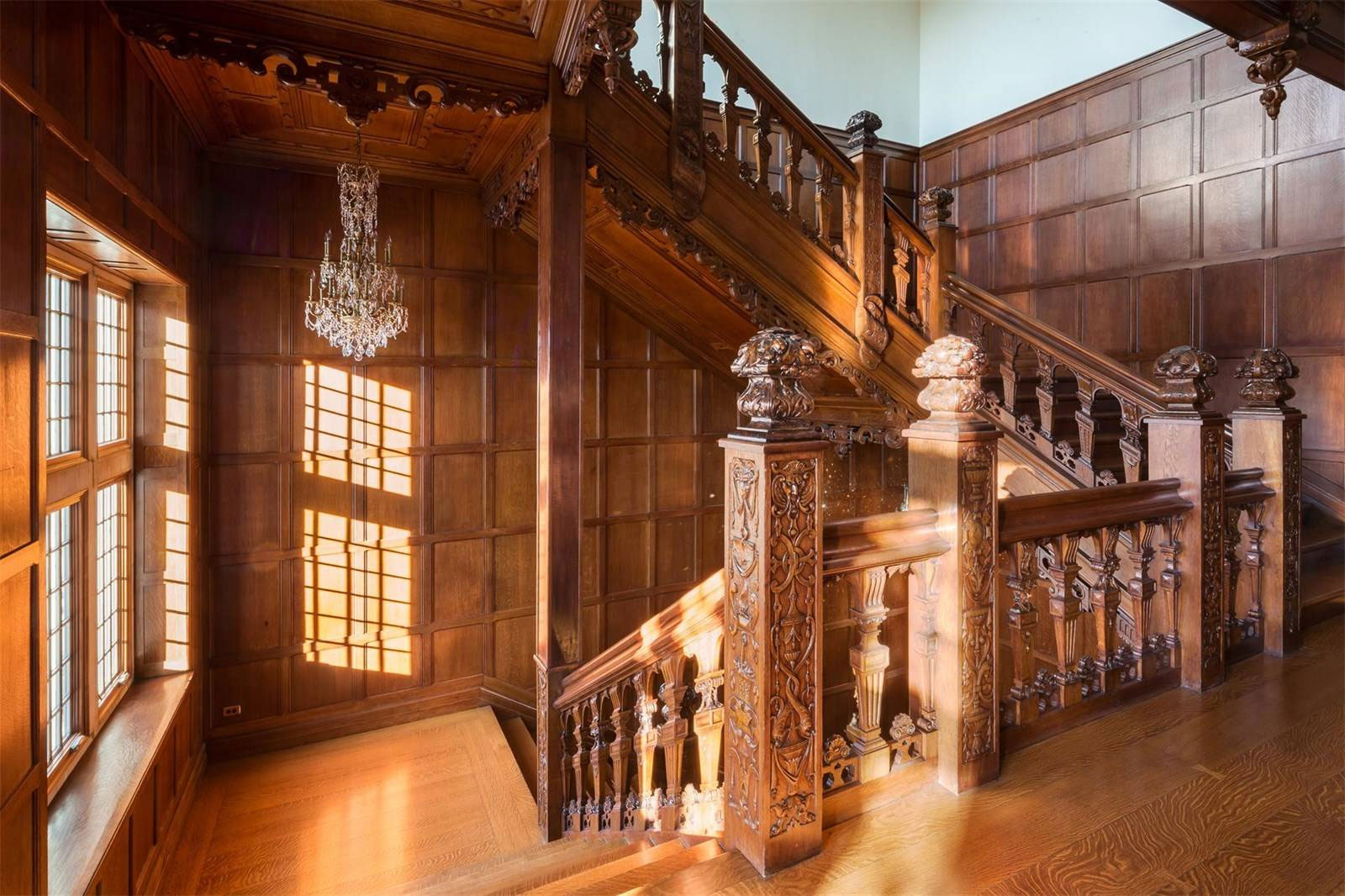 Darlington Mansion Staircase | Grand Staircases That Inspire