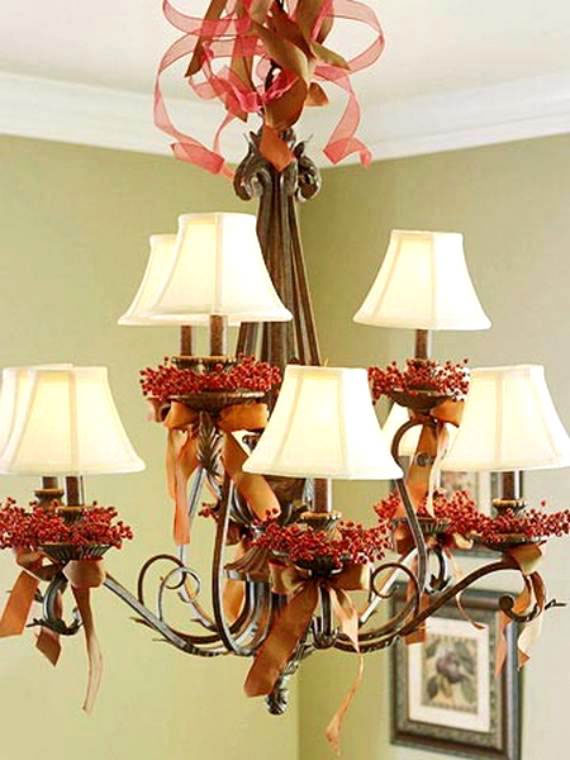 Christmas Berries & Bows Chandelier