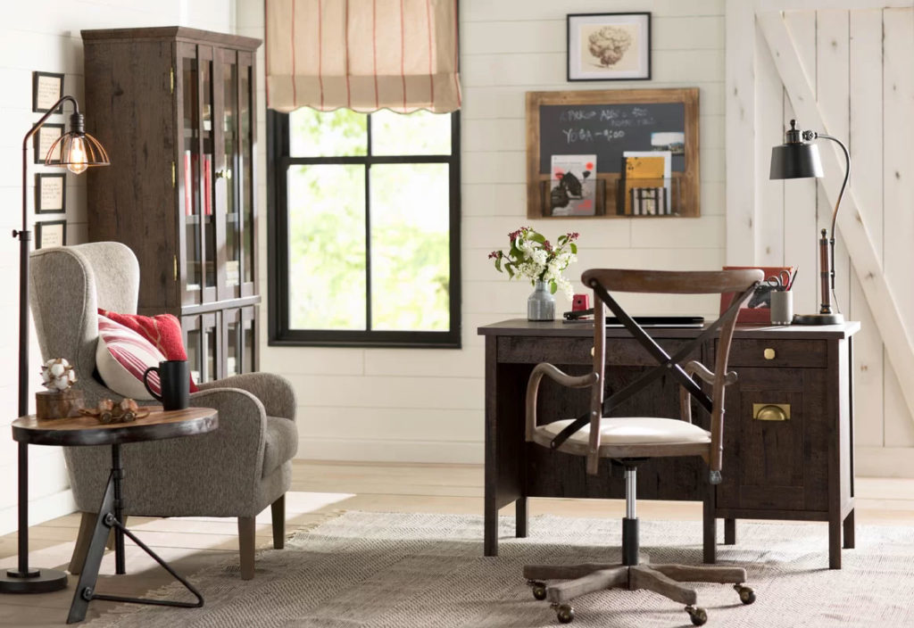 Comfy Country Cottage Home Office Design