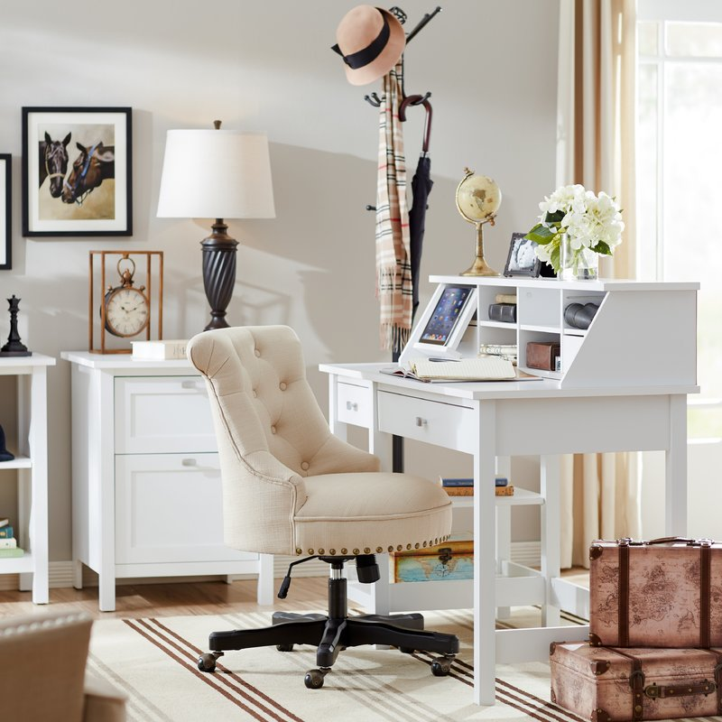 Cottage Country Office Design