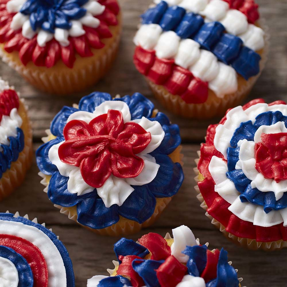 Ruffled-Red-White-and-Blue-Cupcakes
