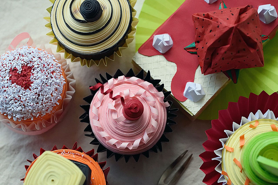 Cupcake Decoration Ideas with Edible Paper