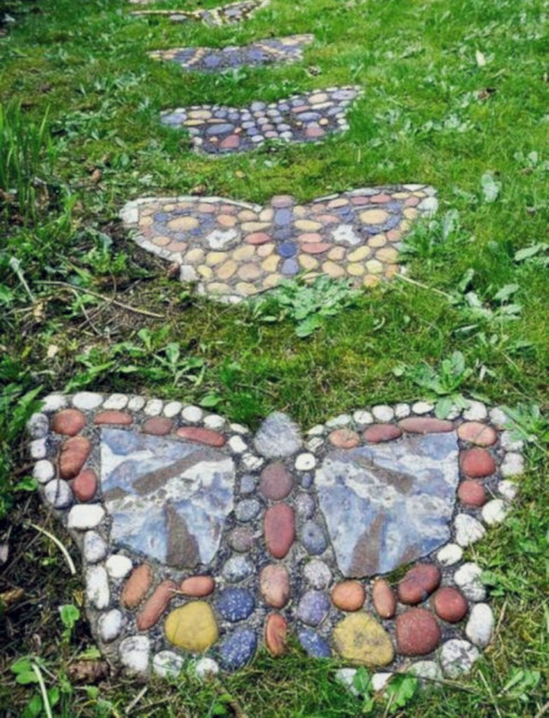 DIY Garden Projects & Ideas |  Butterfly Stepping Stones