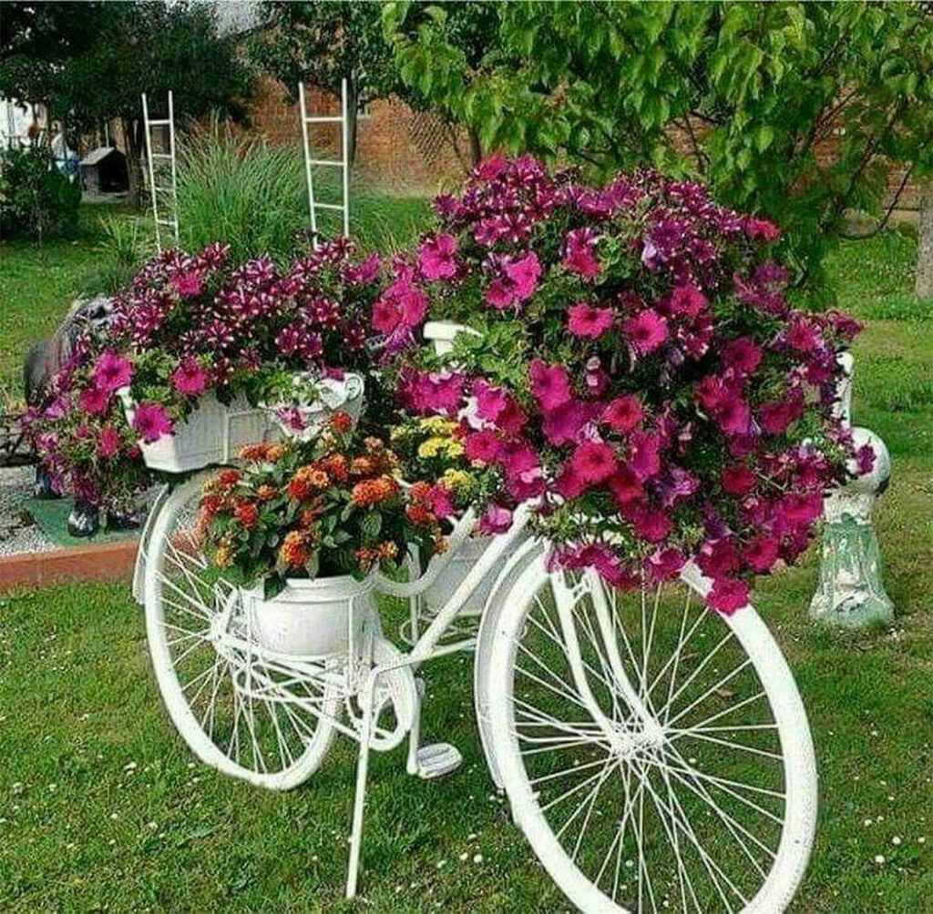 Upcycyled (Pun Intended) DIY Bicycle Planter