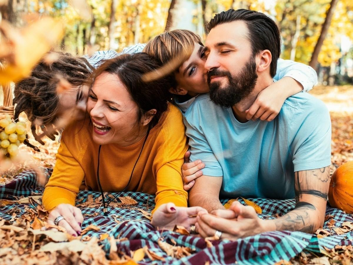 Family Friendly Fall Activities That Won't Break the Bank