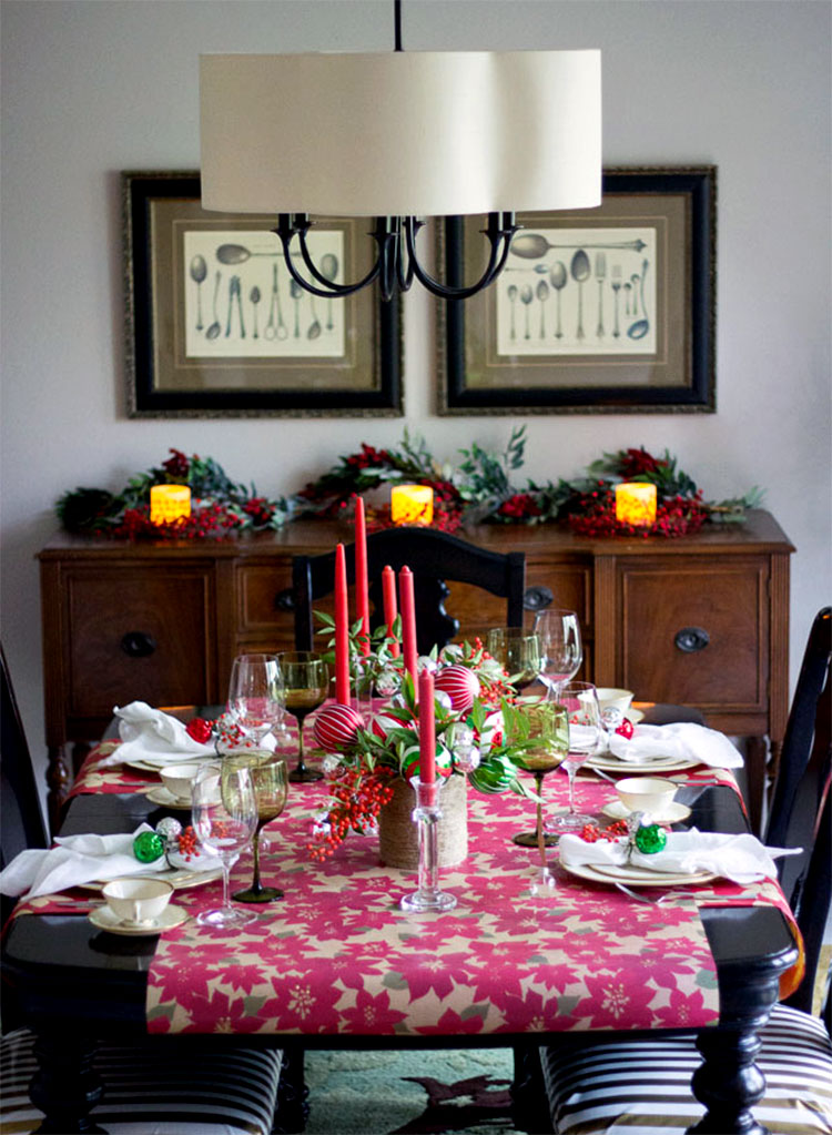 DIY Wrapping Paper Christmas Table Runner