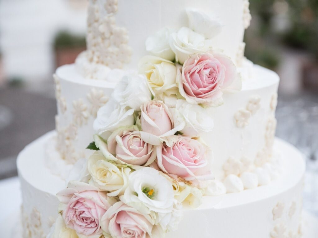 Glorious Wedding Cakes | Wedding Cake Ideas & Inspiration