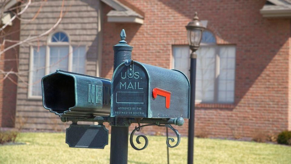 Repair or Replace Your Mailbox
