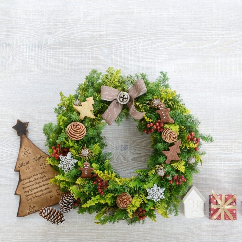 Cute and Easy DIY Christmas Wreath
