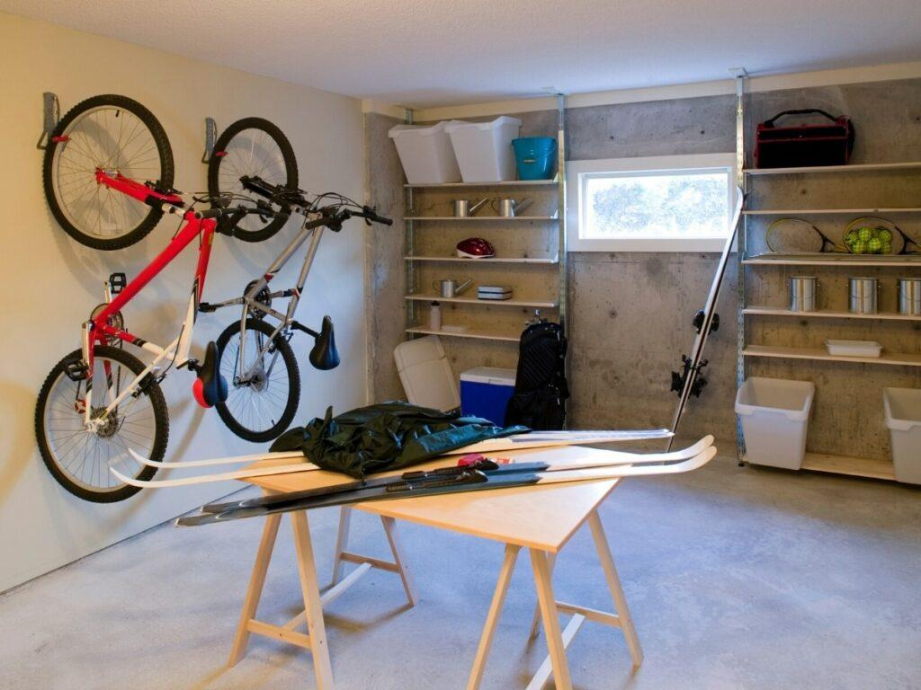 Keeping Your Garage Organized