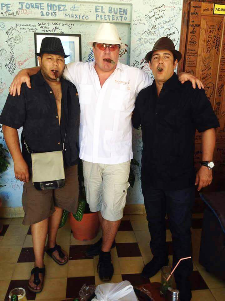 Denis Dumas Big Smoke: Cigar Shop owner and his Cigar mates