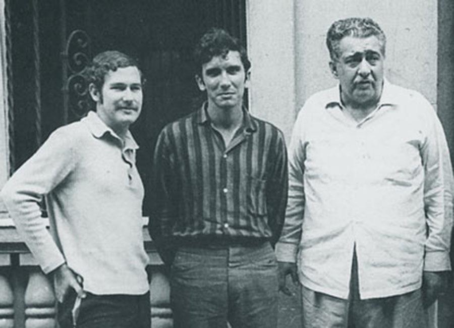 Young Reinaldo Arenas, center