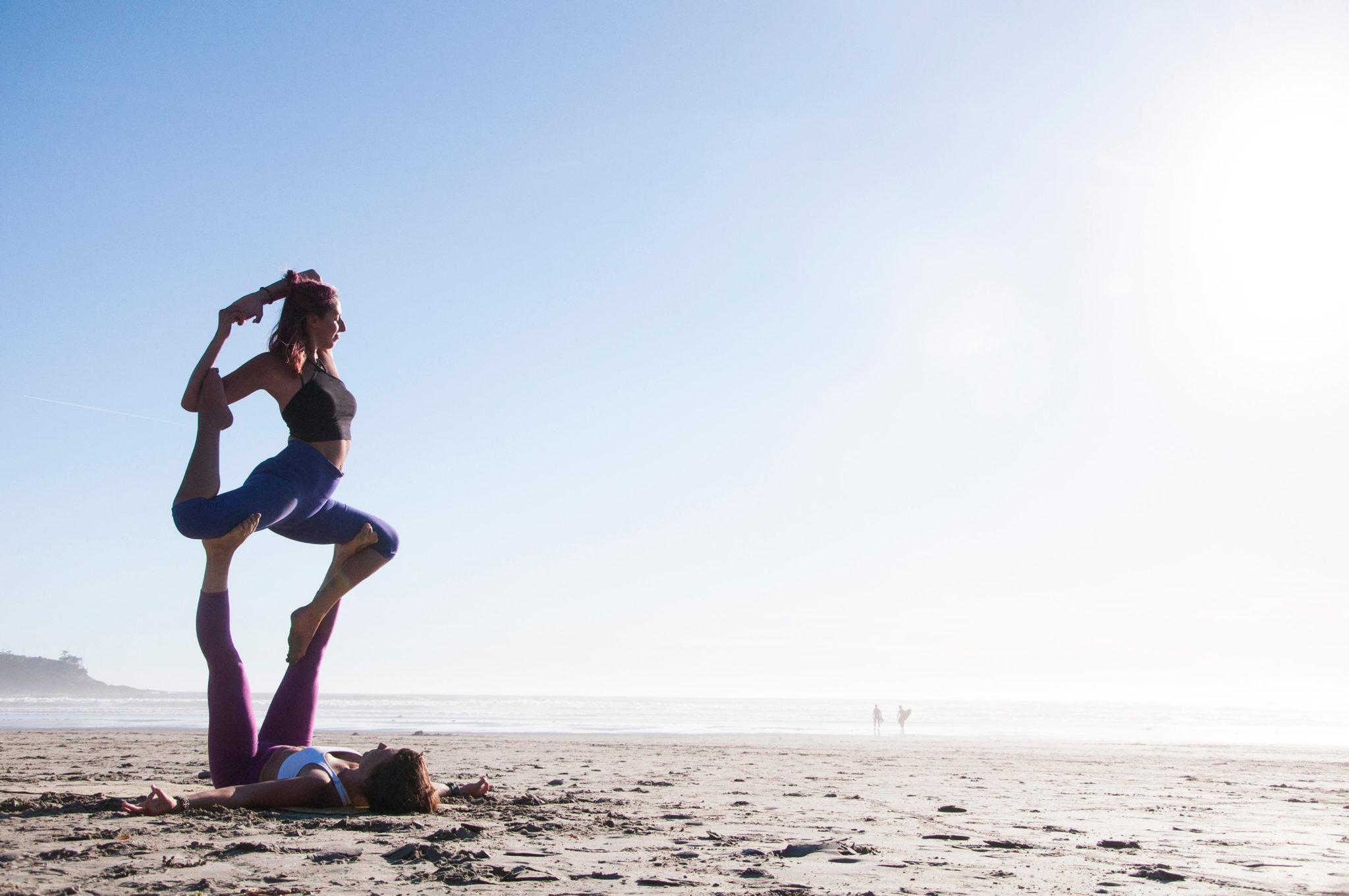 Cedar Lyn & Amber Vescio - Acro Yoga