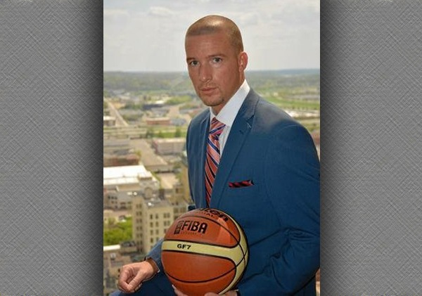 Basketball Consultant Travis McAvene