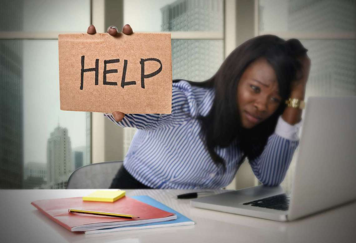 5 Responses the Best Leaders Use When Employees Bring Personal Problems to the Office