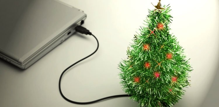 """7 Ways to """"Say"""" Happy Holidays at the Office"""