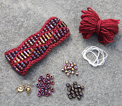 KNIT Mtg – Beaded Waves Cuff