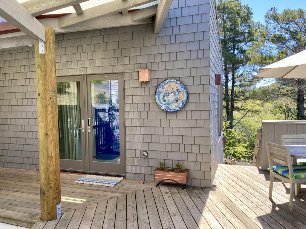 Guesthouse Entry through keyless patio door.