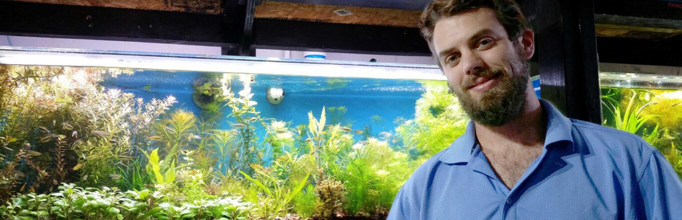 Gerard Wellemeyer standing in front of Dutch Aquarium