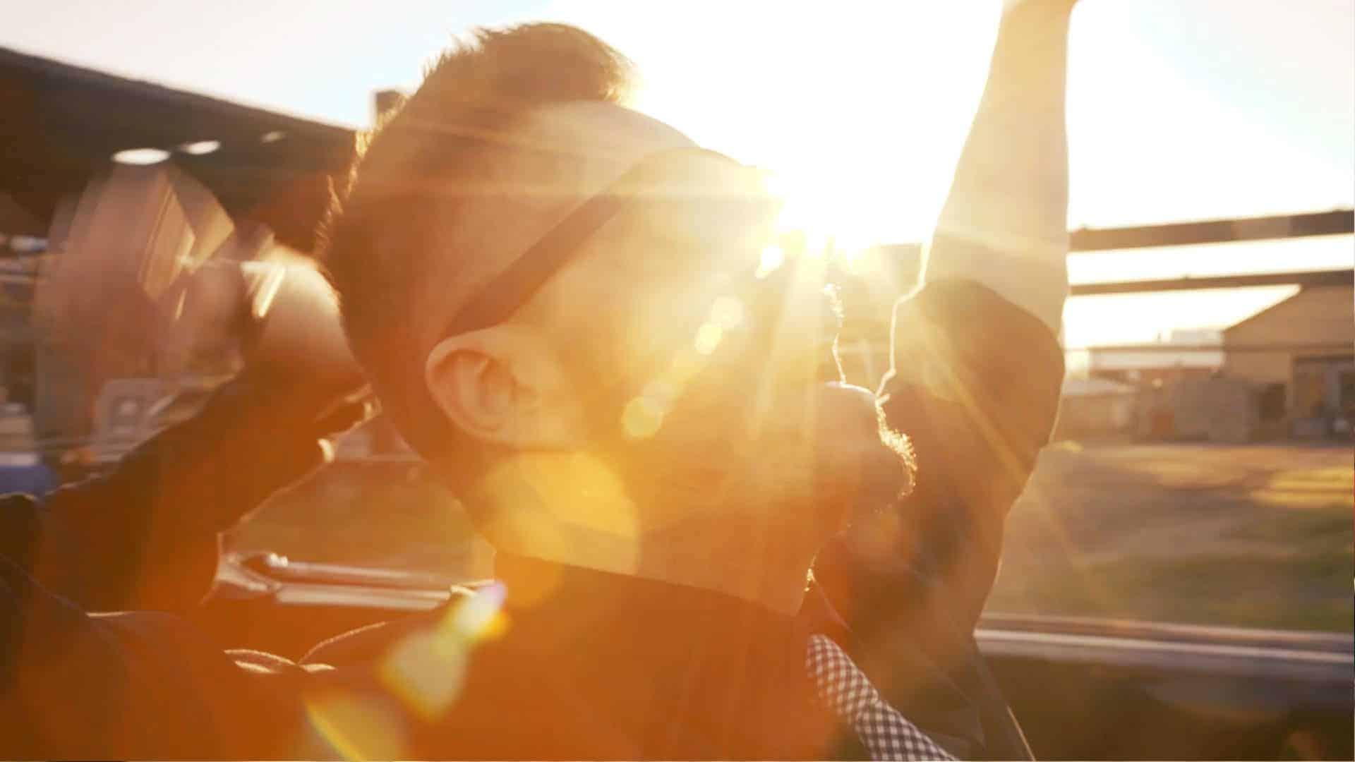 roka hueka music video still shot