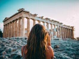 5 places to visit in Greece