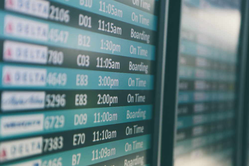 find the best time to book an international flight