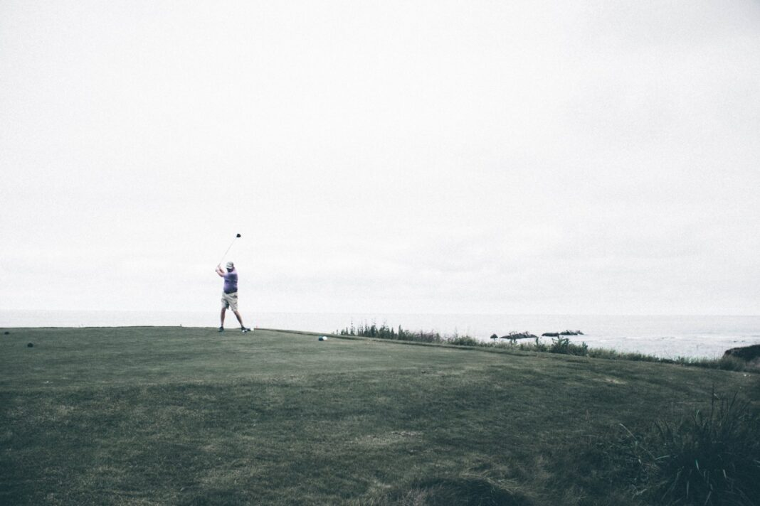 states with most golf courses