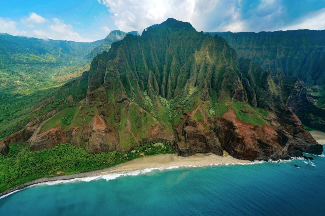 hawaii open for tourists