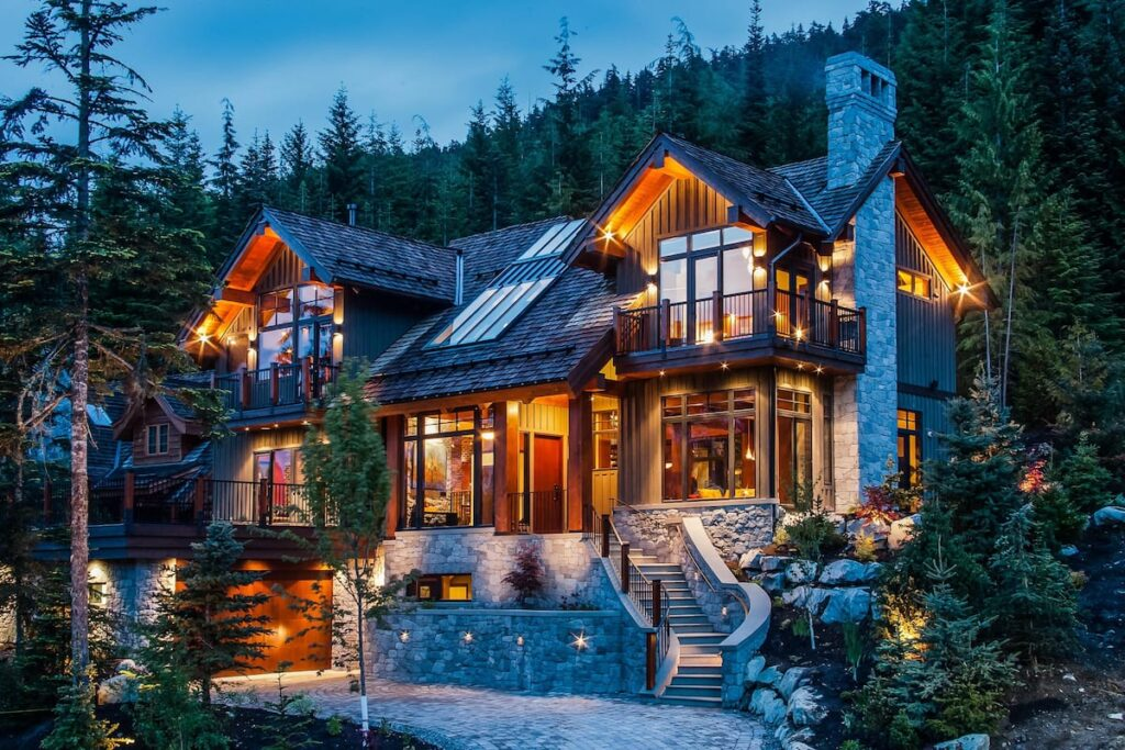 airbnb luxe whistler