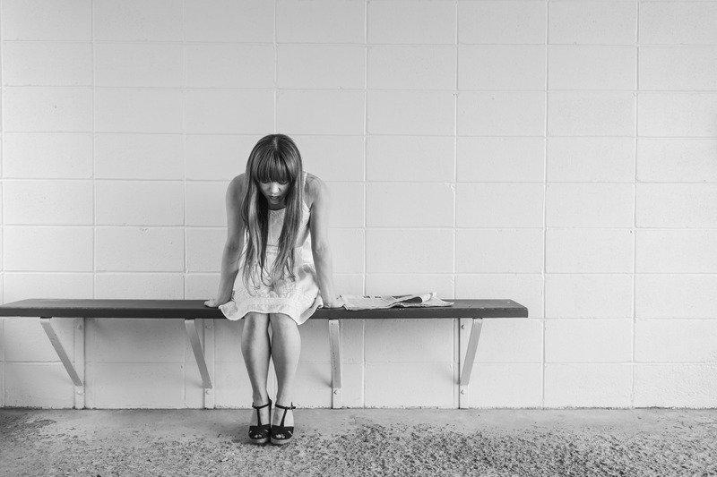 Deprimida por las deudas - estrés financiero