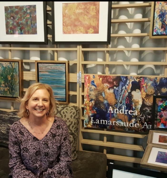 Salon displays local art in new gallery