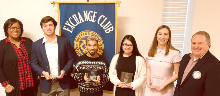 Students win awards before holidays