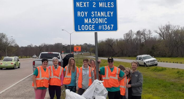 Lodge performs community service