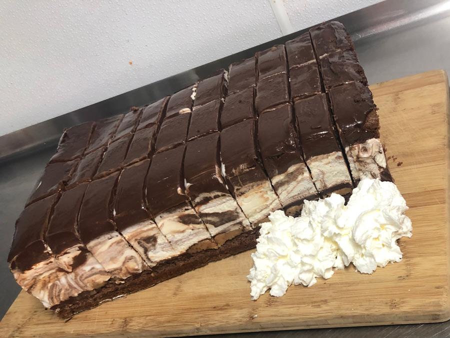 8020-Ice-Cream-Cake