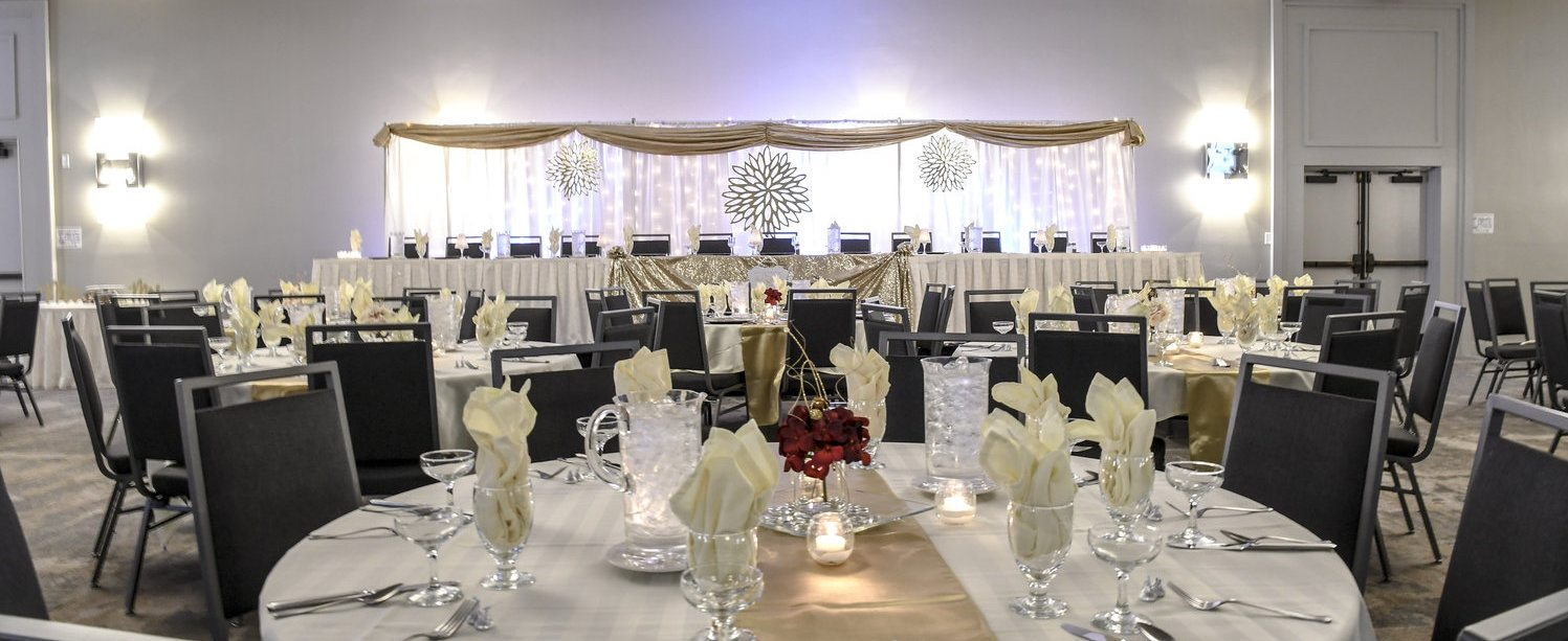 Holiday Inn Fargo Weddings