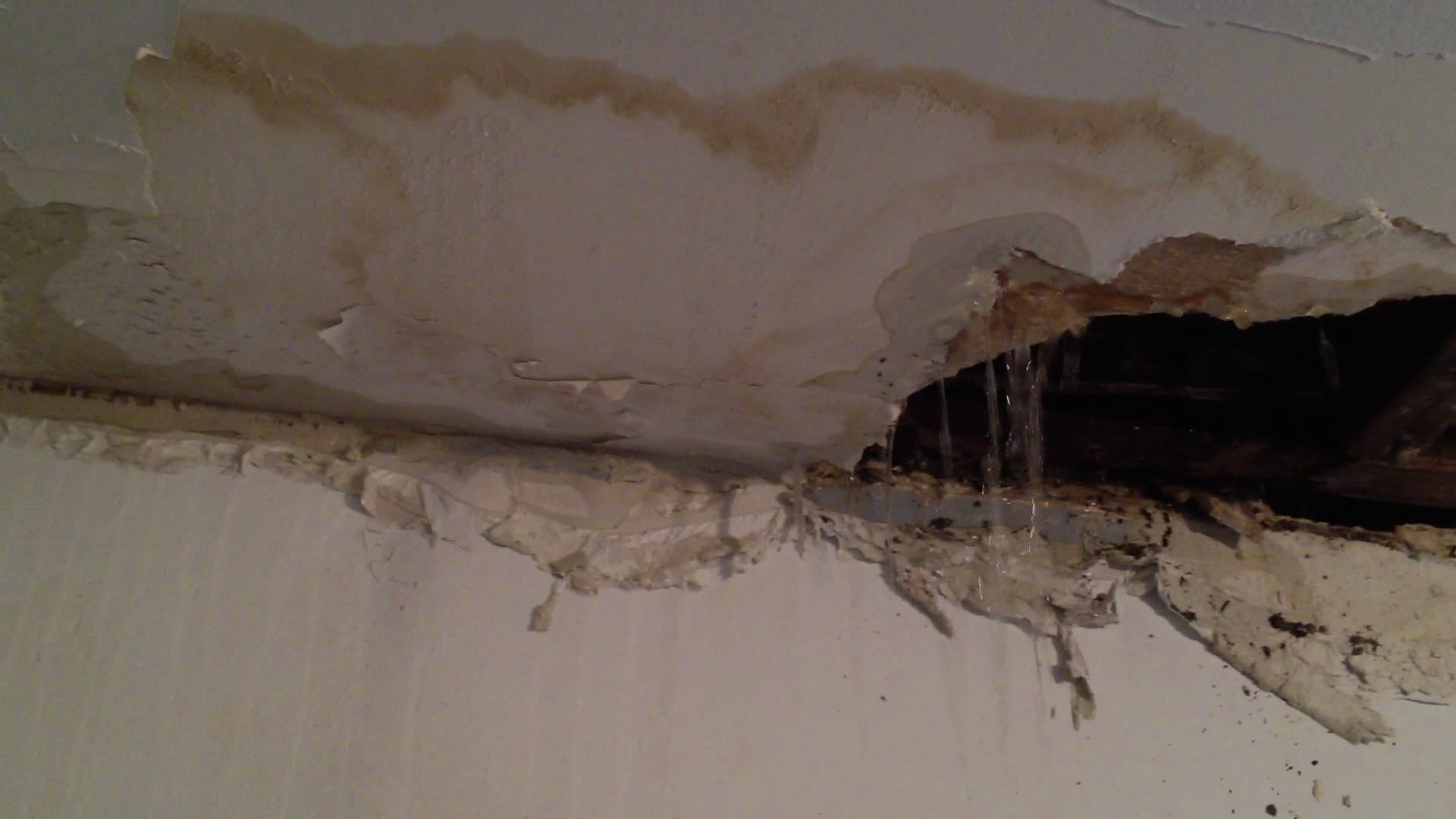 Celling Leakage
