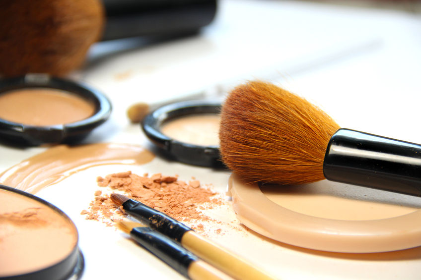 Why face powder can age you by Beauty after forty