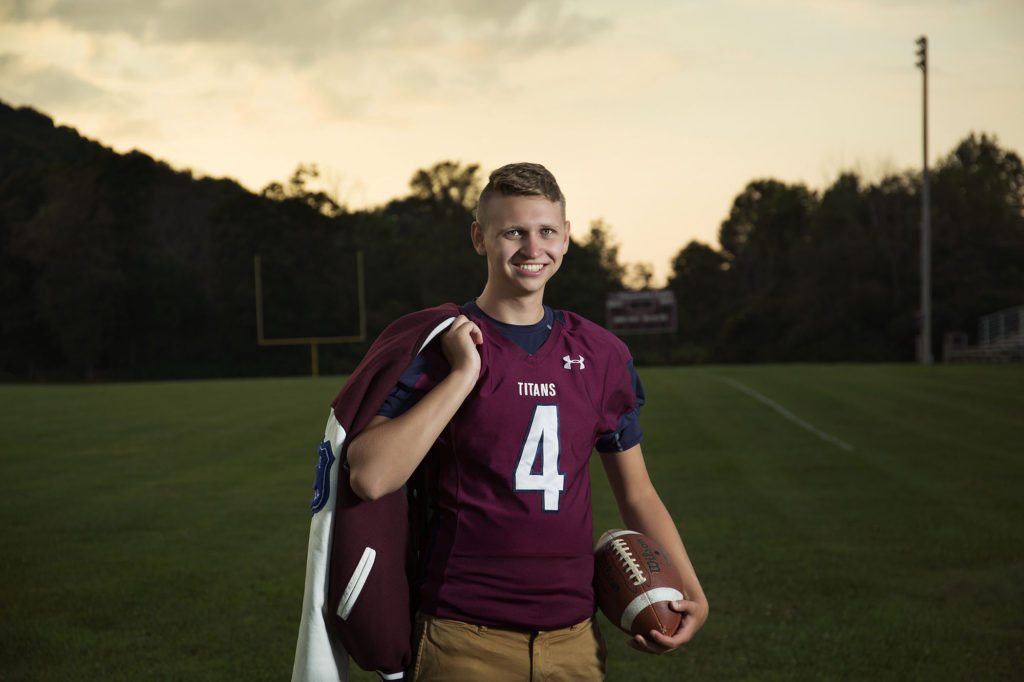 EVL senior photos, football, titans