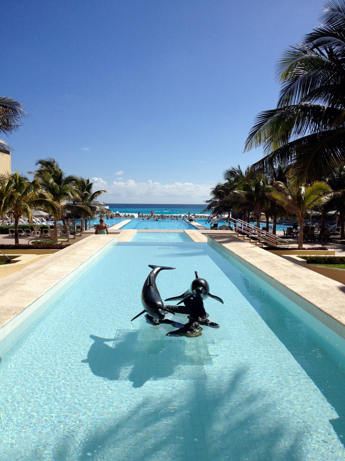 Packed Suitcase   Hotel Review: The Royal Resorts in Cancun, Mexico