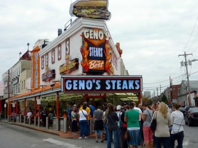 Line at Geno's