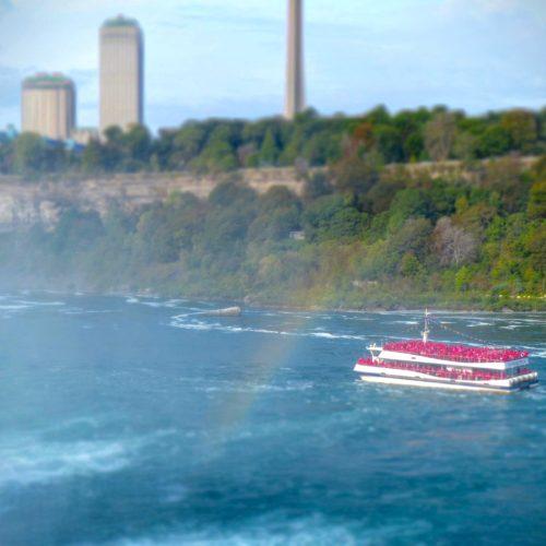 niagara-falls-ny-hornblower-cruise