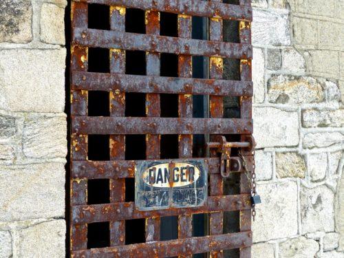 philadelphia-eastern-state-penitentiary-danger