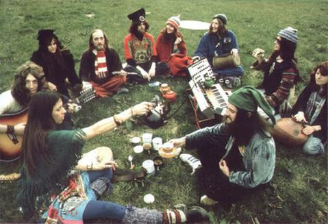 cannabis-hippies-fashion