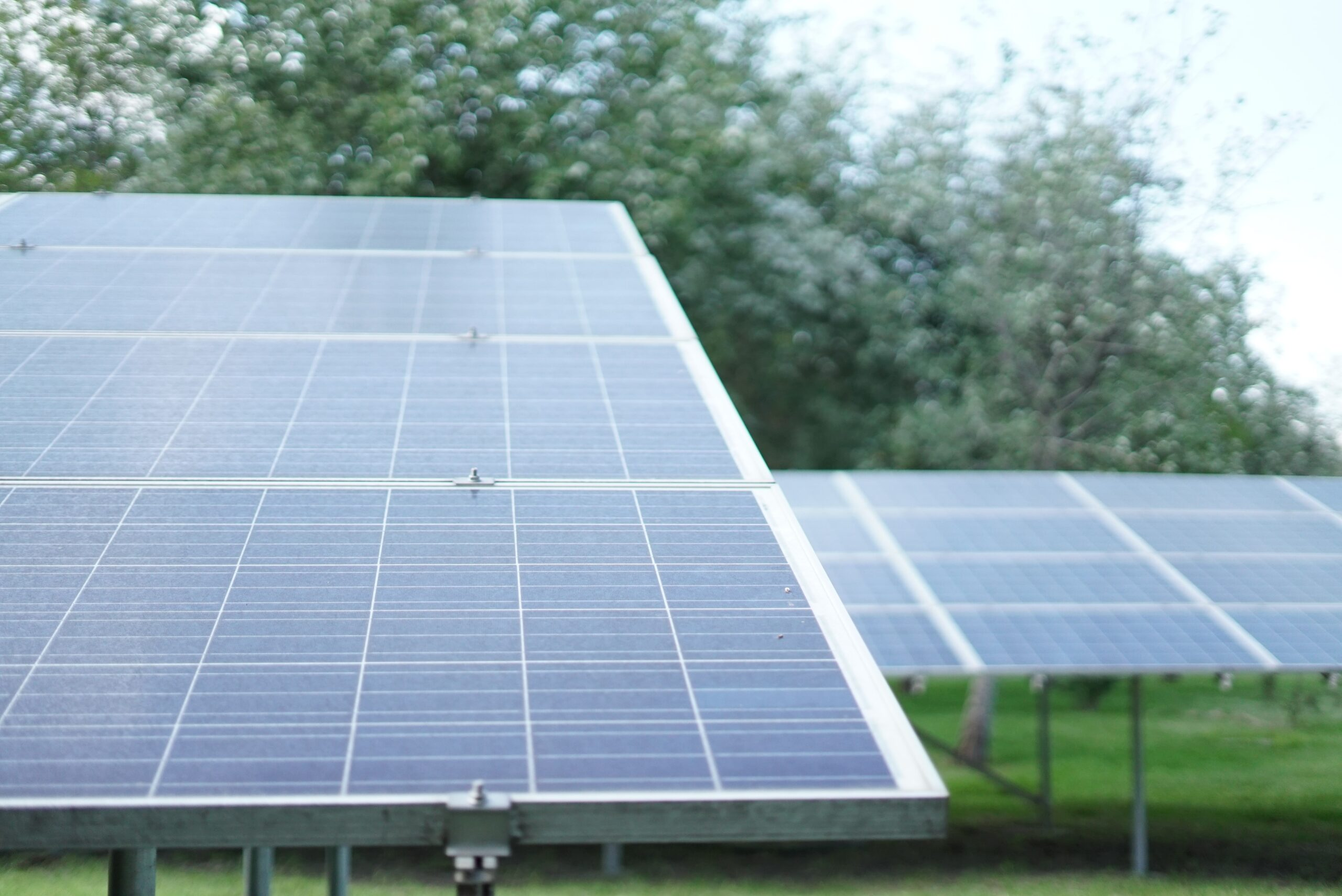 Read more about the article UGE Closes 2020 by Securing 5.4MW Community Solar Project in Maine